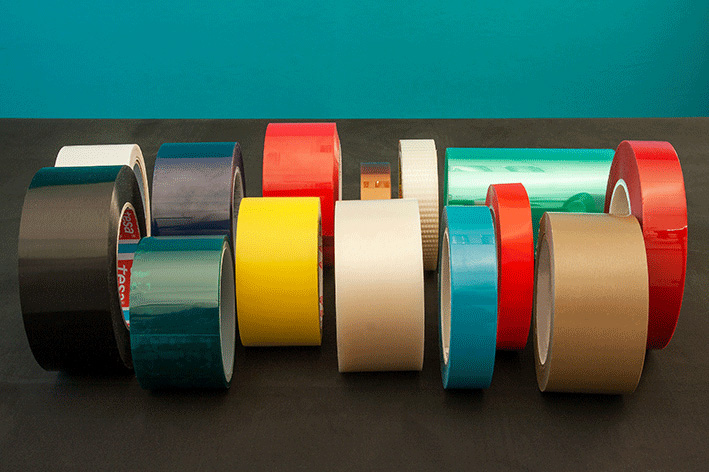 FILMIC SINGLE-SIDED ADHESIVE TAPES
